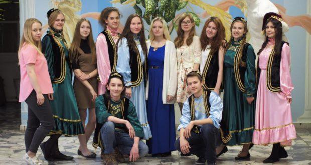 Студенты колледжа встретили Науруз
