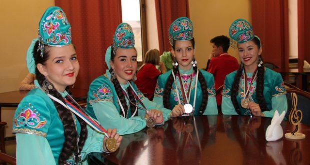 В газете «Челнинские известия» пишут про наших хореографов